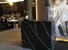 Restauracion-VIP_mostrador-Silestone-Eternal-Marquina-2